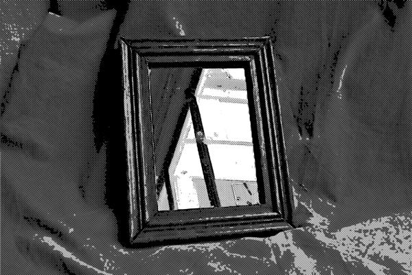 鏡にまつわるオカルト